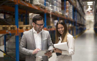Quais são as vantagens da gestão logística em tempo real?